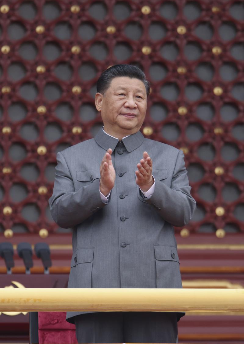 2021年7月1日,庆祝中国共产党成立100周年大会在北京天安门广场隆重举行。中共中央总书记、国家主席、中央军委主席习近平发表重要讲话。这是习近平在天安门城楼上。 新华社记者 庞兴雷/摄