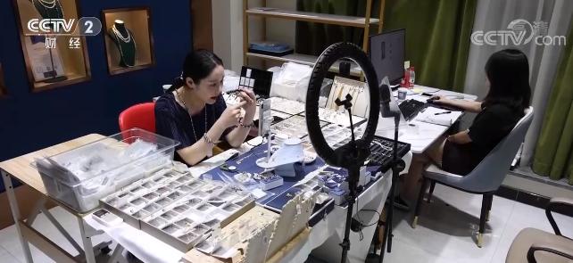 电商直播带火国内珍珠销售 价格普遍上涨两三成