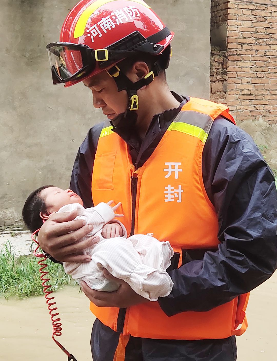 河南消防救援总队营救被困人员2万多名