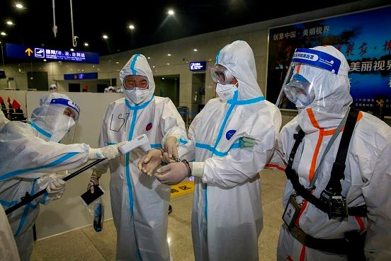 中韩警方密切合作 一名潜逃近34年的杀人犯罪嫌疑人被缉捕回国