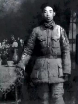 △双枪李向阳的原型,太行山五分区武工队队长郭兴。